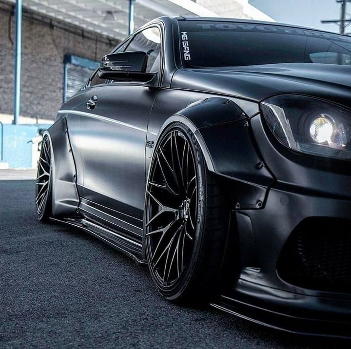 Mercedes Benz C63 AMG Coupe W204 WIDE BODY KIT