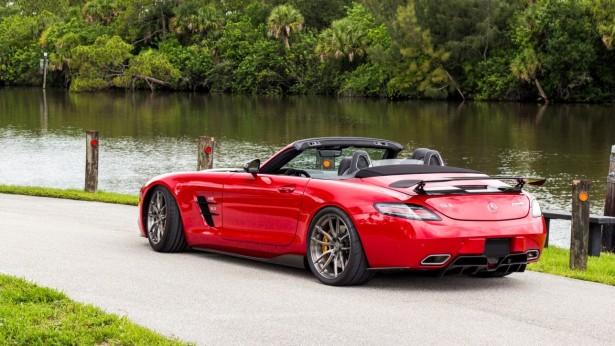 Mercedes-Benz SLS AMG carbon fiber parts